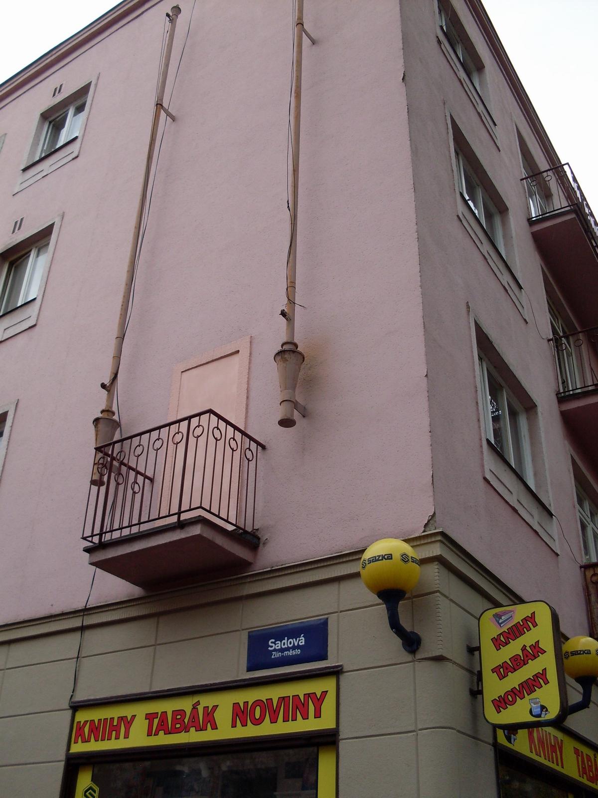 Balkón bez dveří