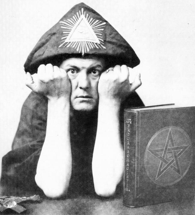 """OBR: """"Pojídač krocanů"""" A. Crowley"""