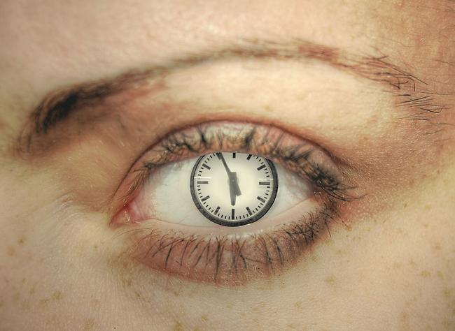 clock-1570360-1280x904