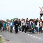 MIGRANTI MAJÍ V ČR DOSTÁVAT VÍCE NEŽ 21.000,- KČ MĚSÍČNĚ (?)