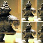 Pocházejí japonské Dogú z planety červeného trpaslíka?